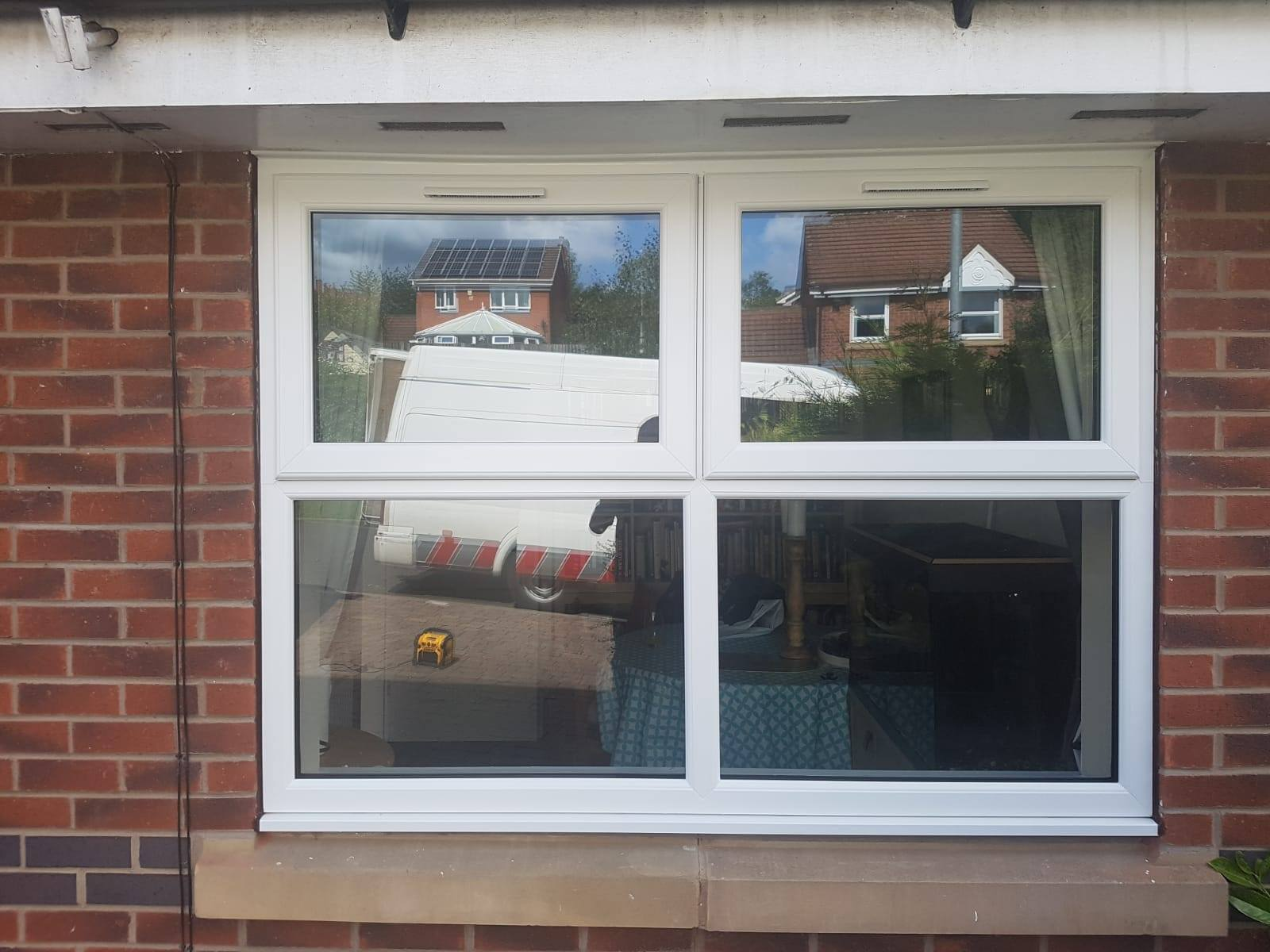 WHITE UPVC WINDOW AND TRICKLE VENTS
